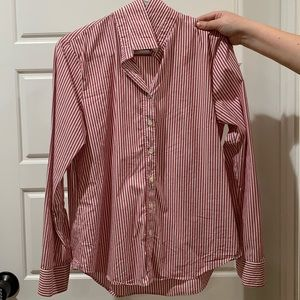Size Large Nantucket Red Rochelle Button Down